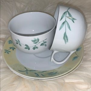 Cup and saucer set of two